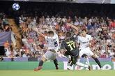 半场:C罗染红皮亚尼奇点射,尤文客场1-0瓦伦西亚