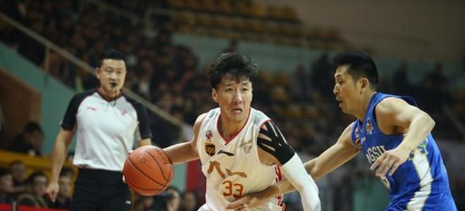 CBA官方公布新赛季八一队注册名单,韩硕回归