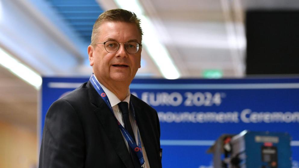 德足协主席专访:愿意看到厄齐尔重回国家队