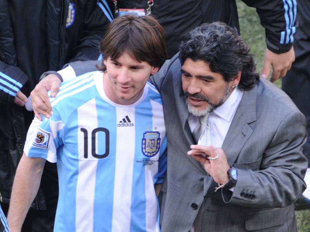 马拉多纳:我会告诉梅西不要再回国家队