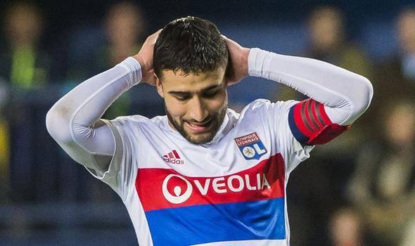 里昂主帅:费基尔脚踝有伤,他肯定会错过法国队的比赛