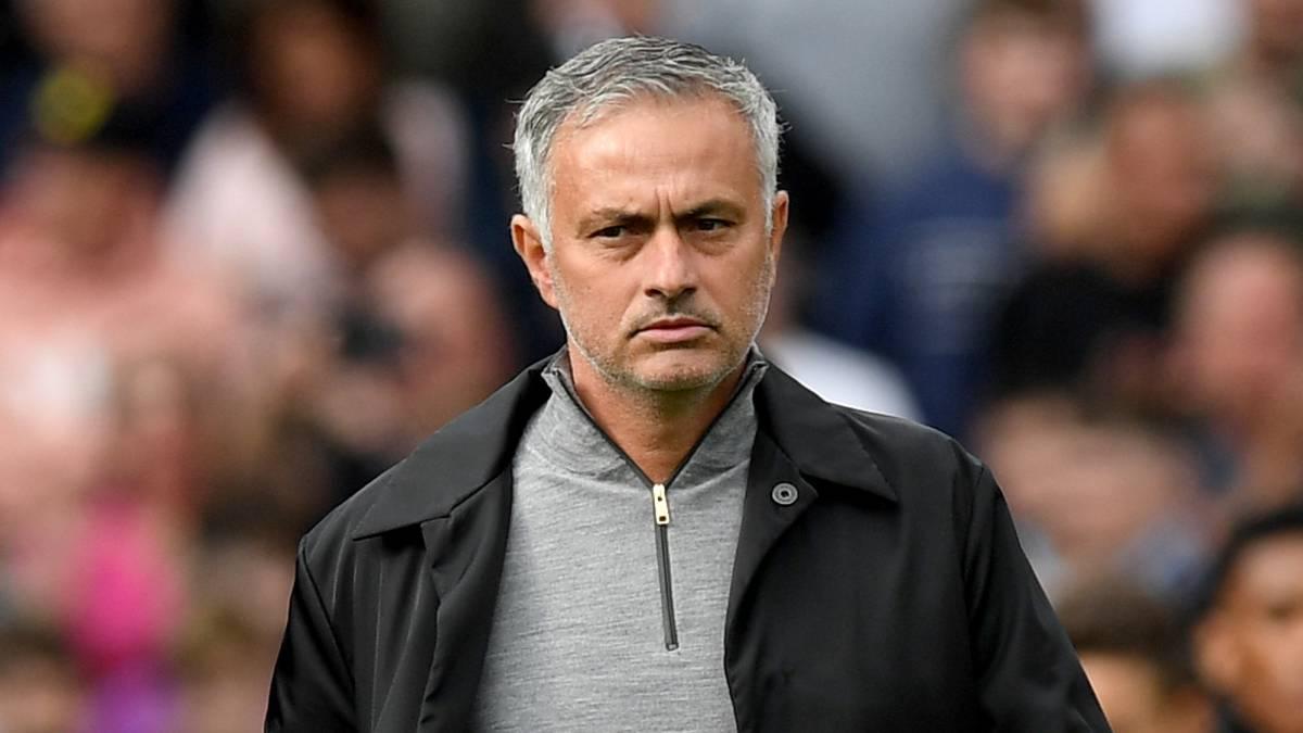 萨顿:曼联这赛季糟透了,穆里尼奥该负责任