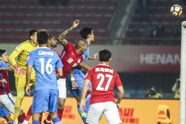 亚洲梦想杯2013 半场:卡兰加中框+破门,建业1-0富力