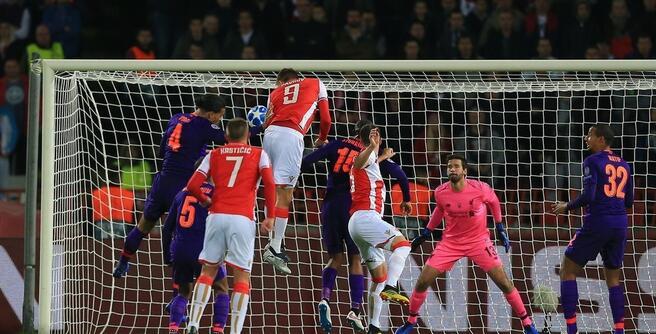 曼联 ac米兰 欧冠:萨拉赫中柱帕夫科夫双响,利物浦客场爆冷0-2红星