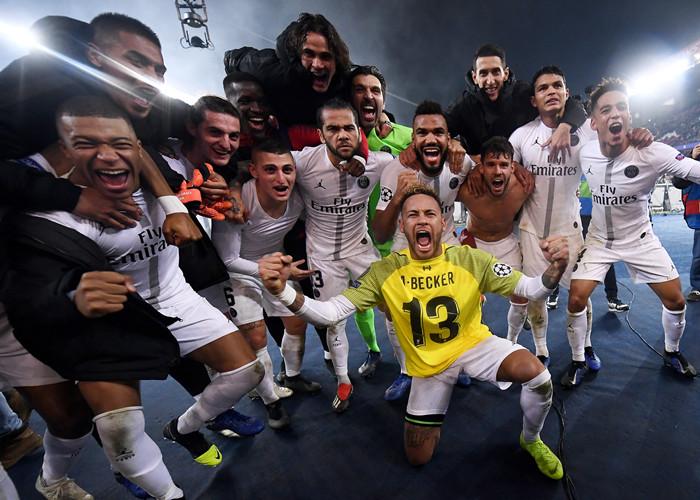 PSG击败利物浦占据晋级先机