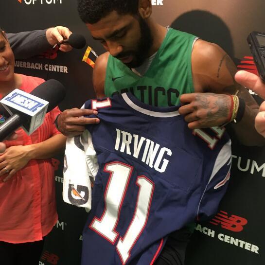 欧文得到新英格兰喜欢国者队11号专属球衣