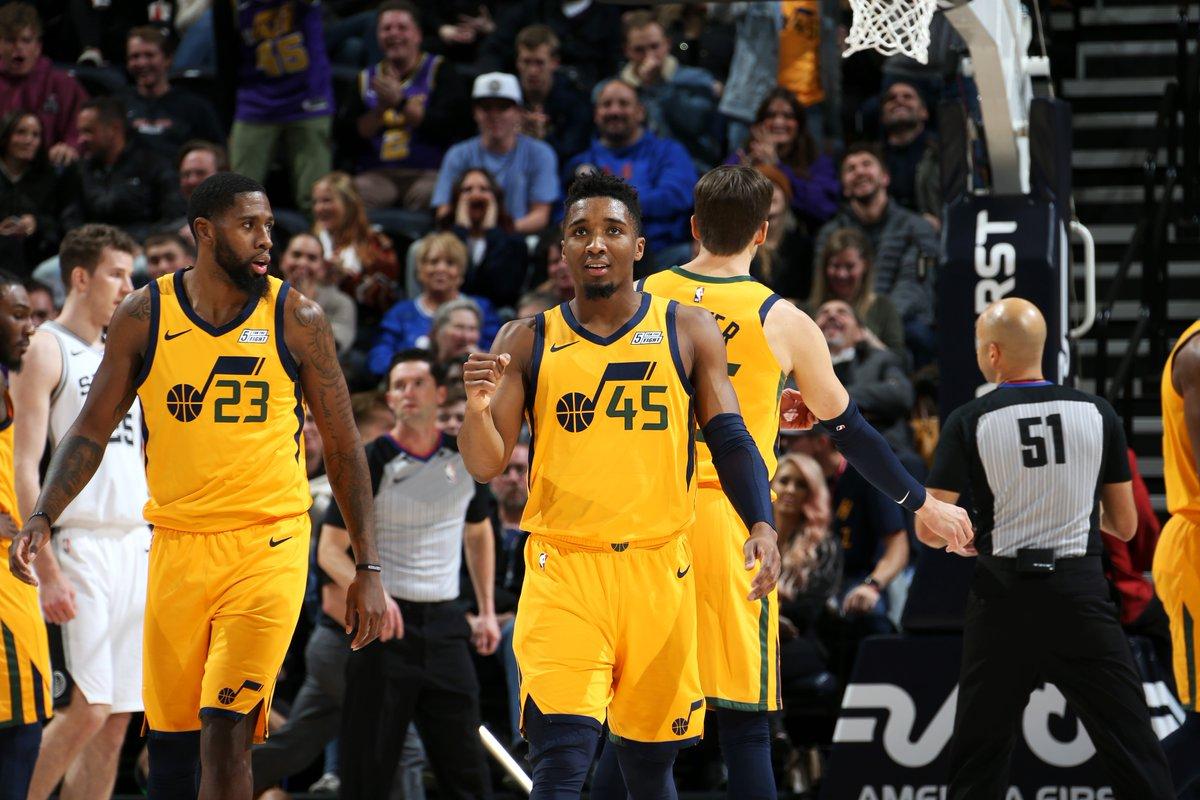 爵士13位上场球员均有得分、篮板和助攻入账,历史第二次