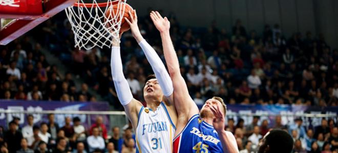 王哲林43分22篮板,福建主场逆转天津