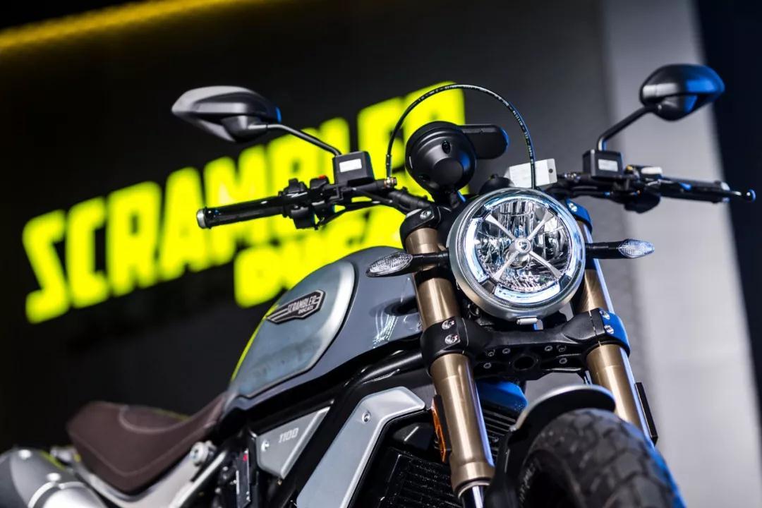 自由、激情,我说的是这个摩托车品牌—杜卡迪