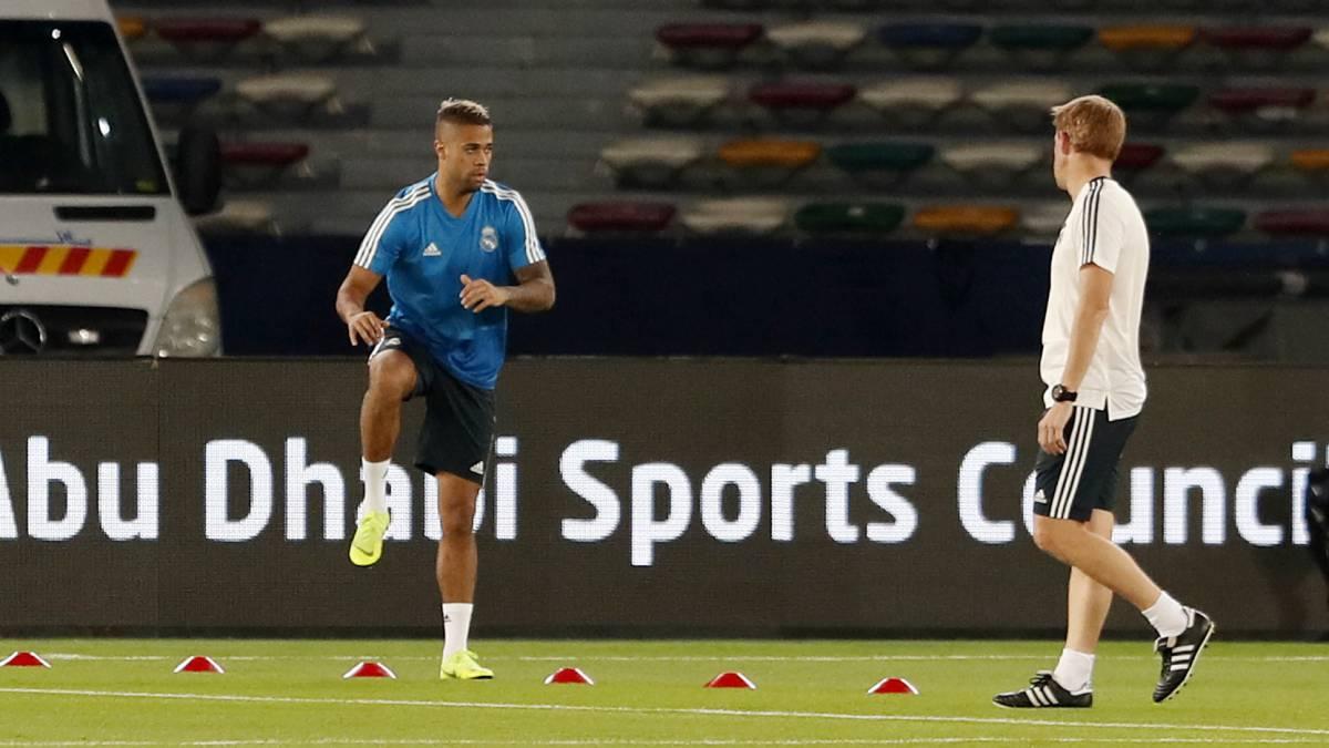 官方:马里亚诺无缘世俱杯半决赛, 梯队后卫入选