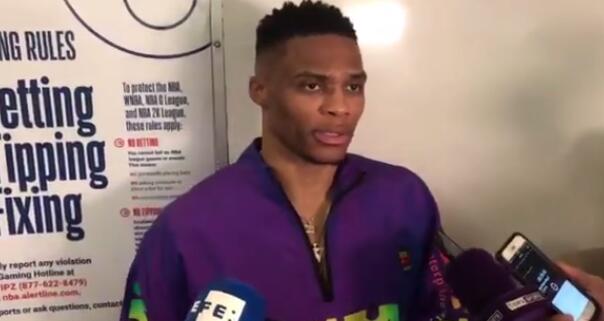 威少:吾在下半场本该更众往抨击篮筐的