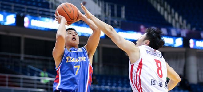 李荣培砍28分创个人本赛季新高