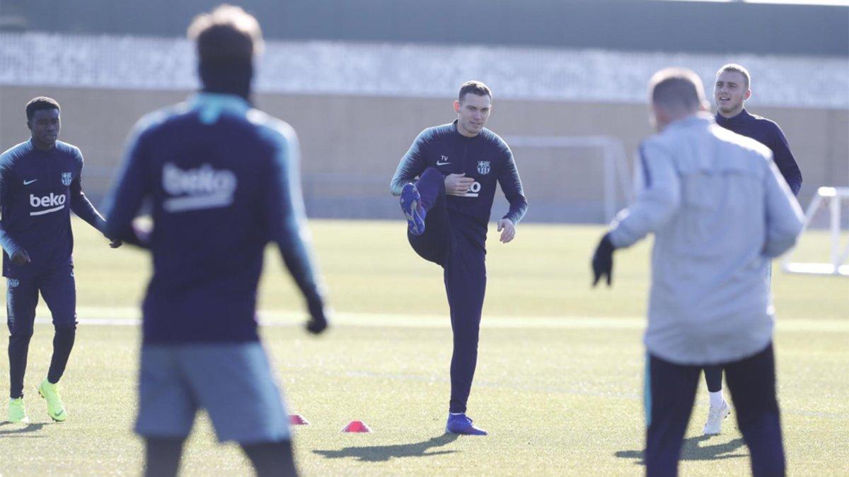 接近伤愈,维尔马伦和桑佩尔参加球队合练