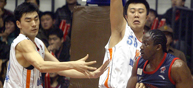 李晓旭篮板球总数超越积臣,升至CBA历史第4位