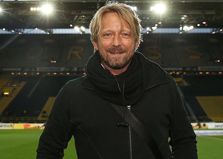 踢球者:拜仁暂时还未对米斯林塔特展露兴趣