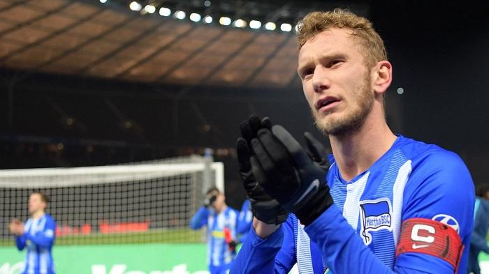 官方:柏林赫塔中场卢斯滕贝格将在赛季末加盟