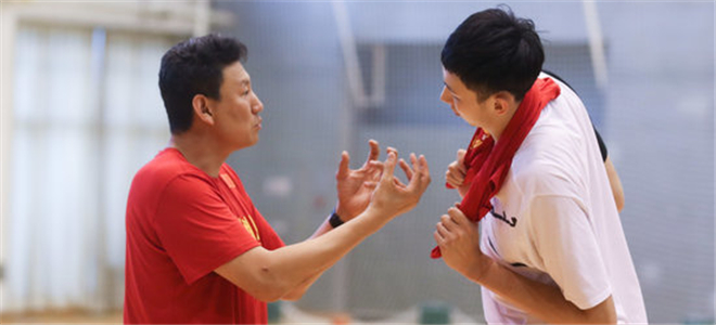 李楠:力争通过正赛进军奥运,希望周琦归队参赛