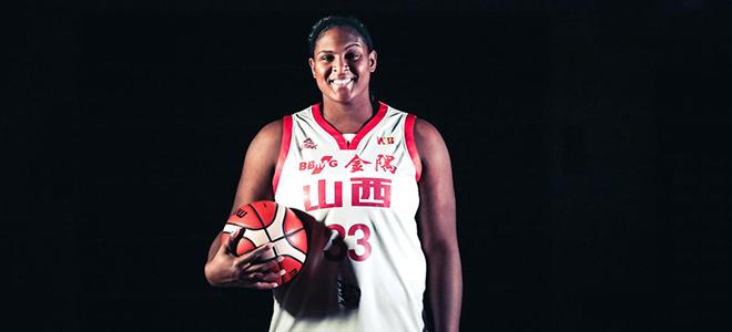女篮再换外援,  WNBA中锋助战季后赛