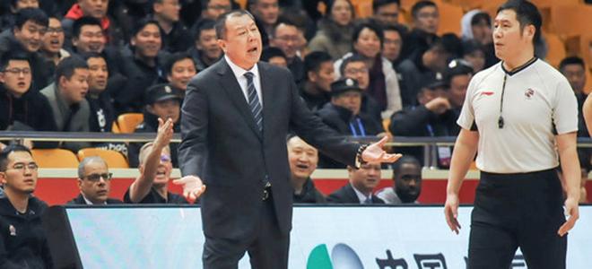 吴庆龙累计技术犯规 4次, 自动停赛一场