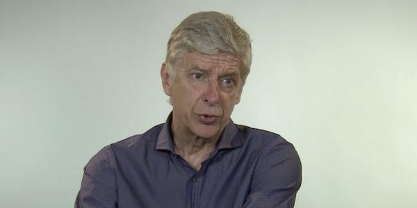 温格:曼联输在中场,他们一拿球就很快被巴黎球员抢断了