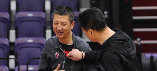 李春江调侃郭帅:不讲究,首穿冠军球衣就对上我们