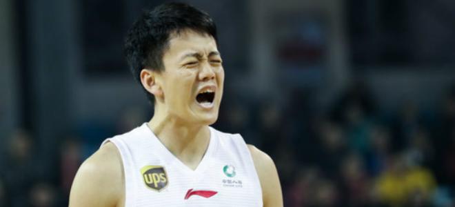 姜宇星当选本赛季最佳新人