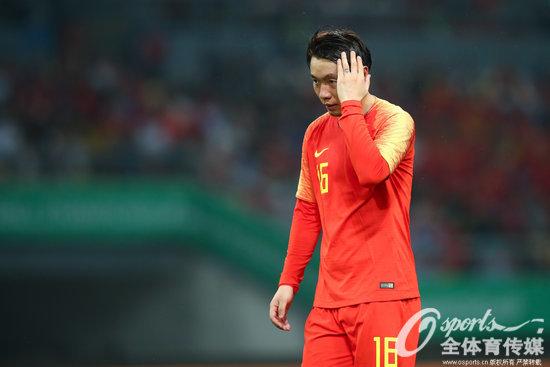 张稀哲:我们传接球出现了失误,让对方很容易打反击