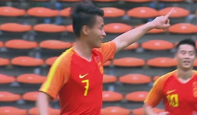 GIF:第四个!林良铭破门,国奥4-0菲律宾