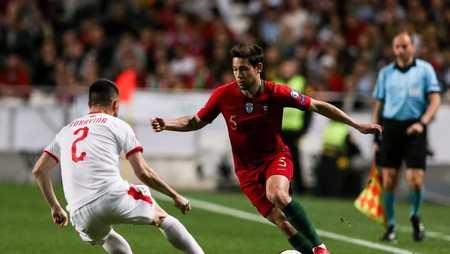 约维奇未出场,巴萨主要观察了葡萄牙后卫格雷罗等人