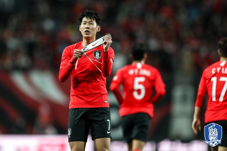 热身赛:孙兴慜进球韩国力克哥伦比亚;日本胜玻利维亚