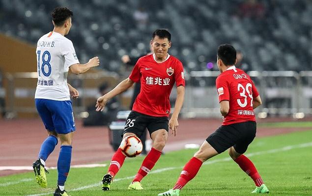 半场:吕海东错失单刀良机,深圳0-0鲁能
