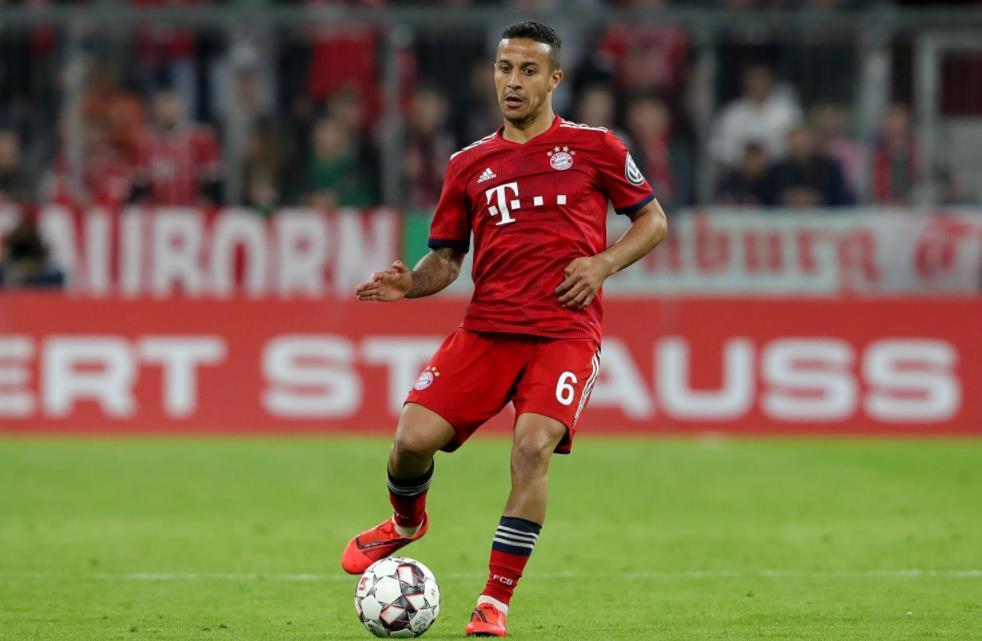 单场 6次定位球制造威胁, 戈创造德甲赛季纪录