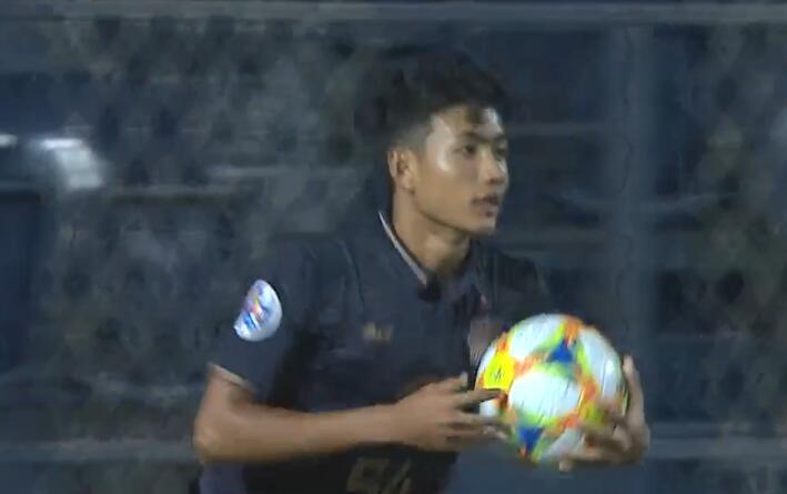 GIF:16岁小将素帕那破门!国安3-1武里南联