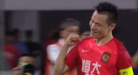 GIF:挡得住郜林,挡不住自己人!墨尔本乌龙,0-4恒大