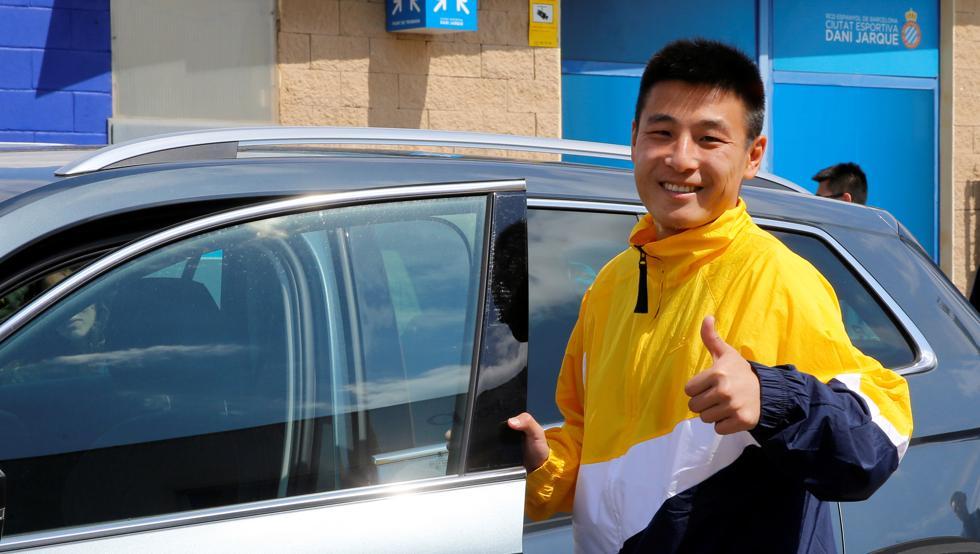 """世体:武磊获西班牙驾照,已在巴塞罗那上演驾车""""首秀"""""""