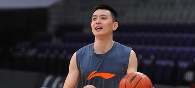 杨鸣谈队员季后赛表现:搏命争胜,堪称完美