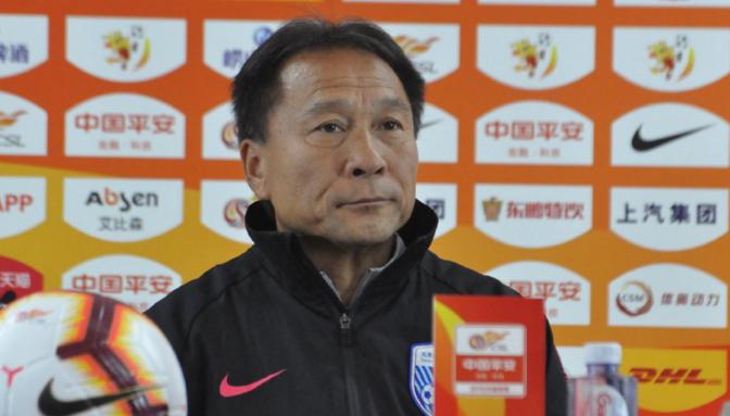 沈祥福:球队最近很努力,不管对手是谁我们都全力争胜