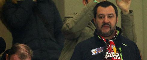 米兰意大利杯出局,意副总理怒斥:这简直是耻辱!