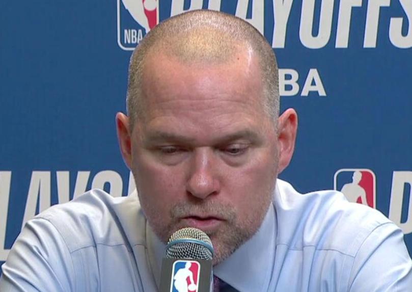 马龙:我们的投篮表现挣扎,对手的替补阵容都能碾压了我们