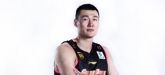 历史上的今天:苏伟16篮板助广东胜新疆夺冠