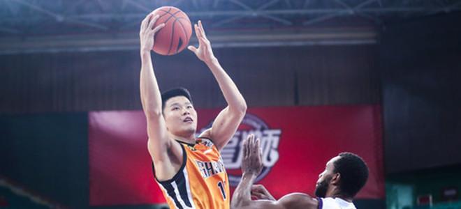 刘冠岑宣布离队,深圳前锋郭晓鹏将加盟山西