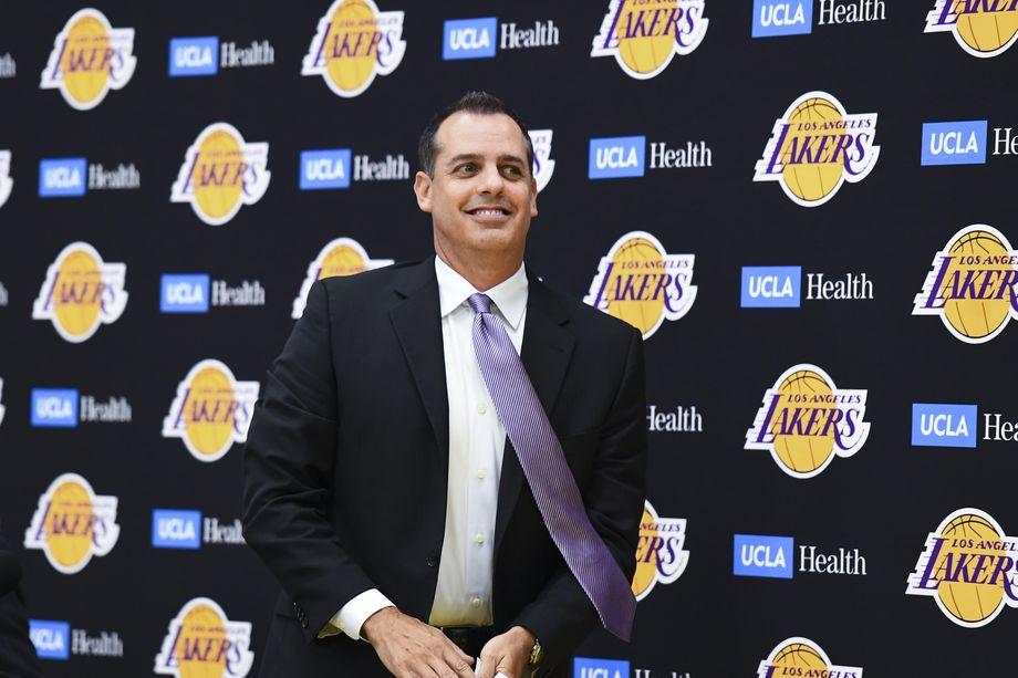 沃格尔在赋闲的一年内曾跟随6支NBA球队观察学习