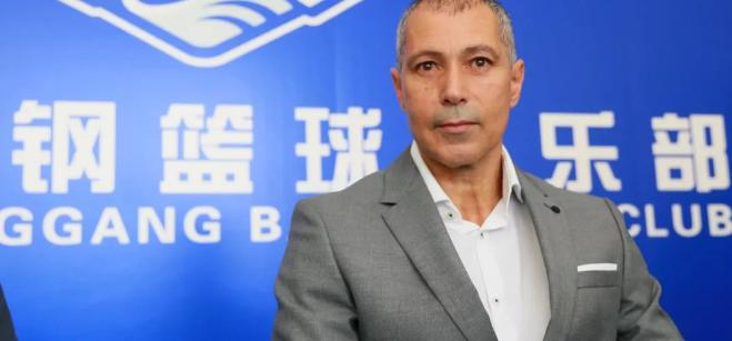 天津新主帅胡森:下赛季首要目标是进入季后赛