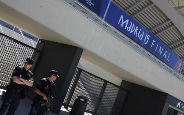 安保升级, 警方抓获出售欧冠决赛假票的团伙