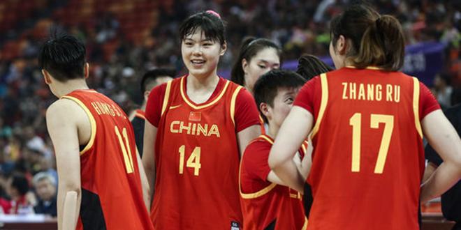 五人得分上双, 中国女篮热身赛胜加拿大明星队