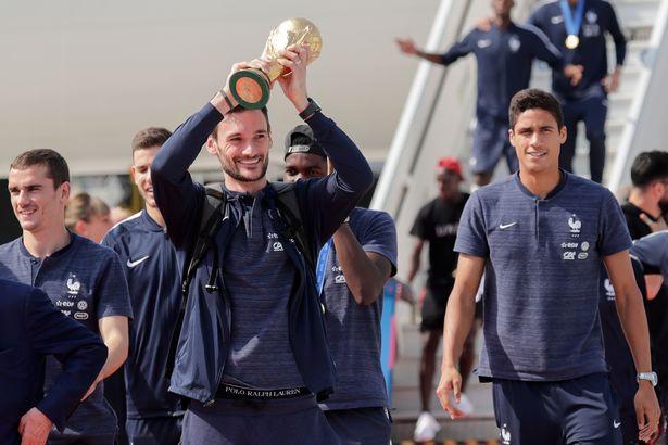 作为队长拿下世界杯和欧冠?洛里:没有队友那是不可能的
