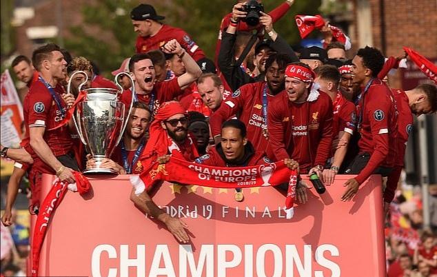 本赛季四家英超球会转播收入破 2亿镑, 红军 2.  5亿破纪录