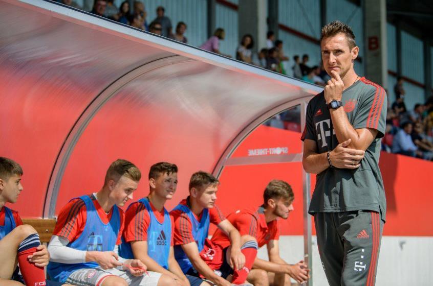 德媒:拜仁邀请担任 U19主帅, 但克洛泽更想留在 U17