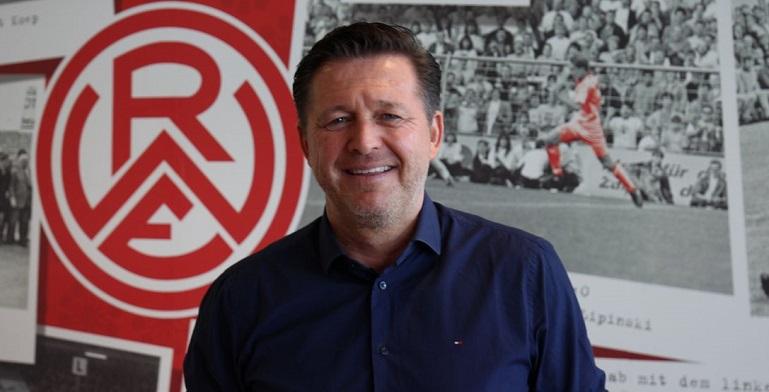 官方:前汉堡主帅蒂茨执教地区联赛, 成为红白主帅