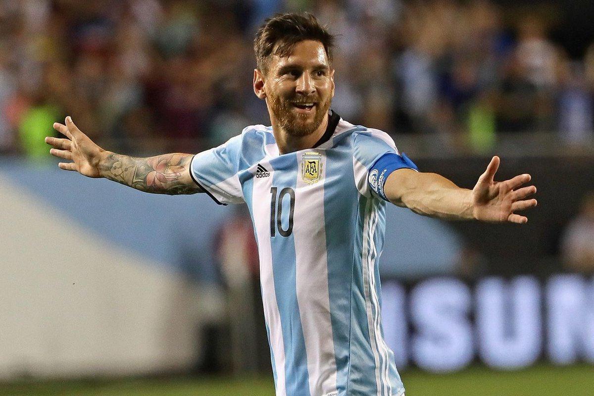 真的大腿,梅西2分钟内梅开二度,阿根廷2-0暂时领先